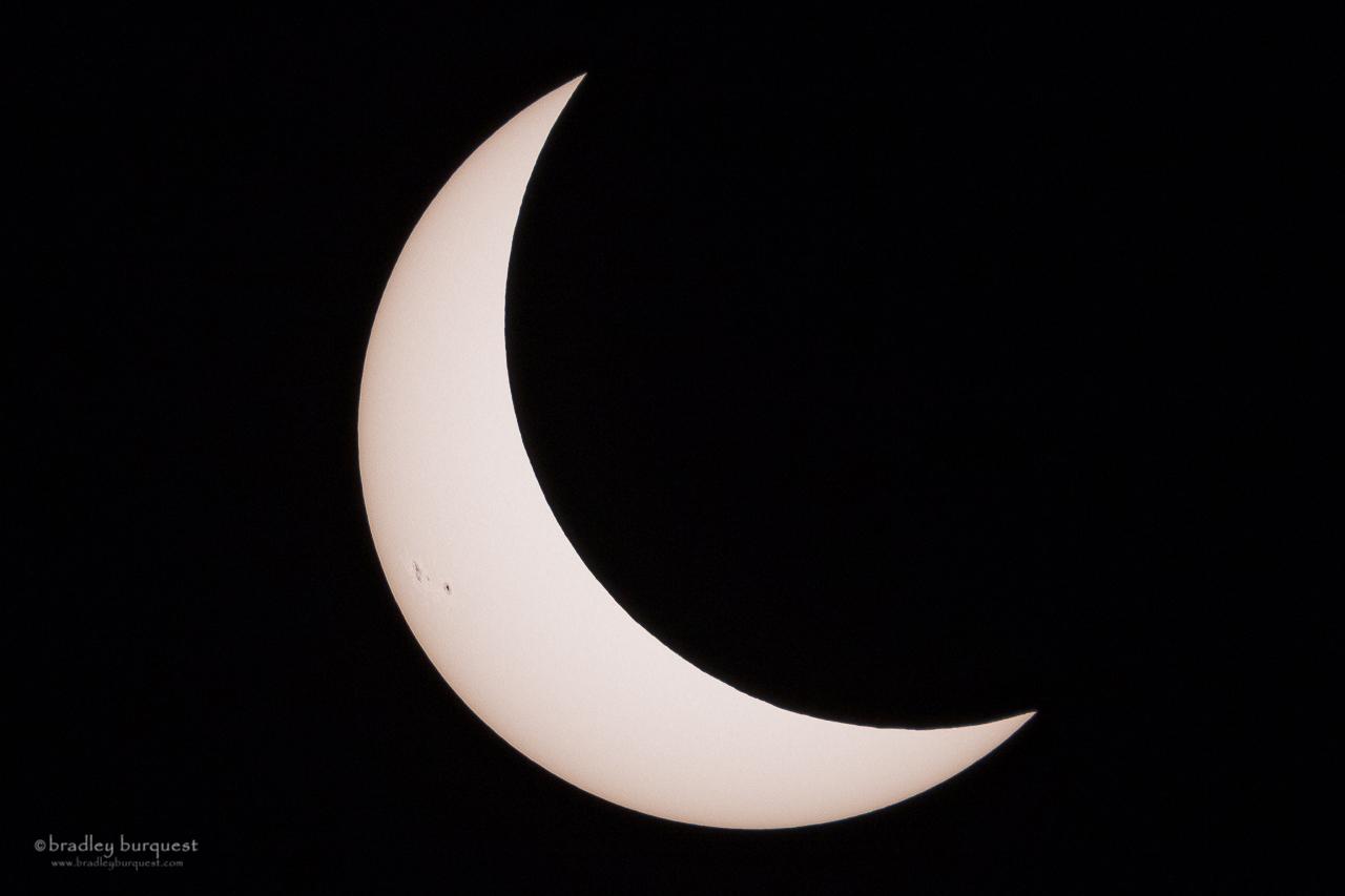 Eclipsing moon in H-Alpha light